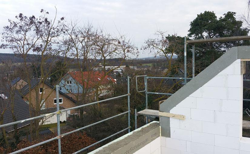 Ausblick vom Dachgeschoss.